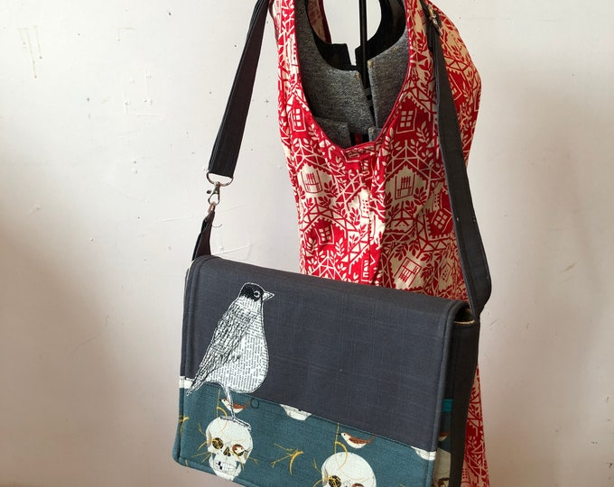 Featured listing image: American Robin, freehand machine stitched drawn  messenger bag, adjustable strap, freehand machine stitched bird, with free accessory