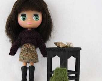 Petite Blythe doll mini skirt knitting PATTERN - cute mini wrap skirt pattern - instant download - permission to sell finished items