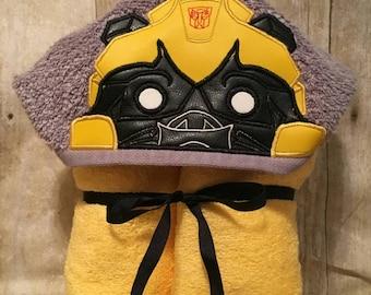 Bumblebee hooded bath/pool towel