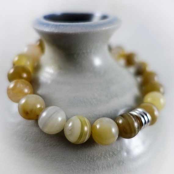 The Outlook Series: Yellow Agate