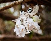 Foxglove White Flower Earrings / Foxglove Earrings / Paper Flowers / Bohemian Bridal Earrings / Romantic Earrings