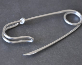 Hoops / Safety pins