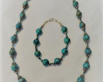Necklace and Matching Bracelet Glass and Swarovski Crystal Set