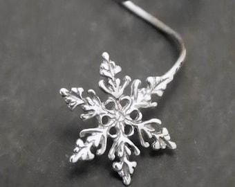SNOWFALL EAR CUFF  - Intricate Sterling 925 Silver Snowflake Earcuff