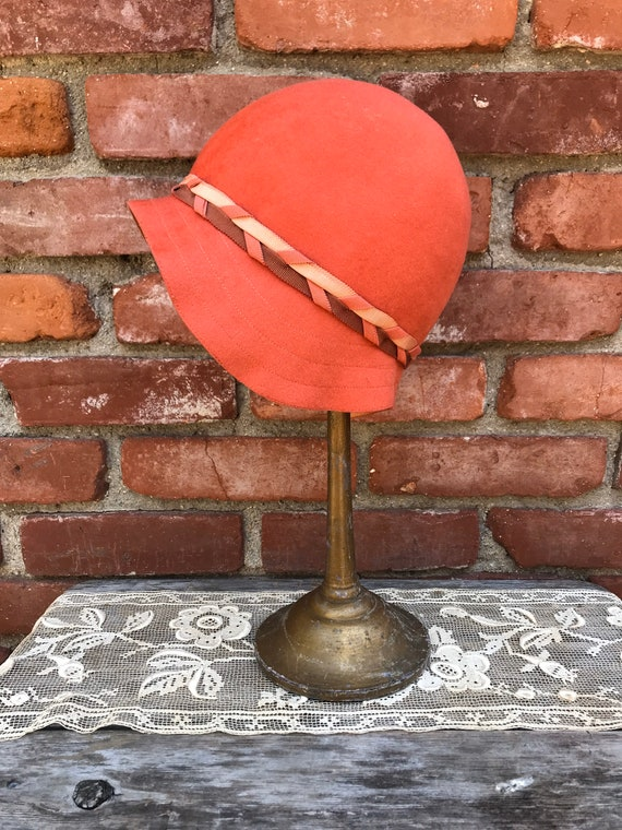 1920s Lady Supreme Orange Wool Cloche Hat - image 1