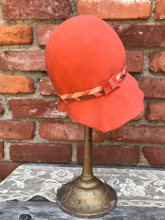 1920s Lady Supreme Orange Wool Cloche Hat - image 6