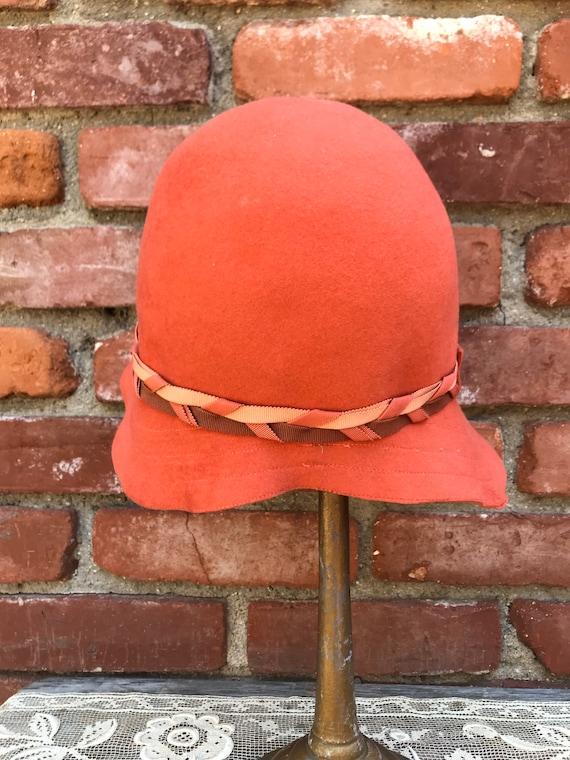 1920s Lady Supreme Orange Wool Cloche Hat - image 7
