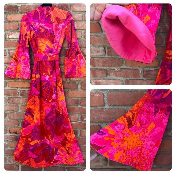 Vintage Mildred of Hawaii Bold Print Maxi with Mat