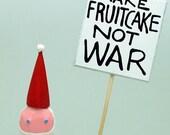 Santas who really love fruitcake speak out