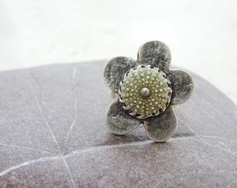 Sea Urchin Ring - Green Flower