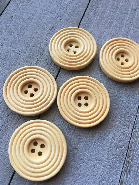 """25MM 50 or 25 PACK*** size 40 BULK BUY 1/"""" WOODEN BUTTONS 2-HOLE NATURAL"""