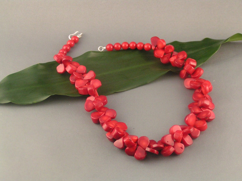 Red Coral Teardrop Set  Red Cheria image 0