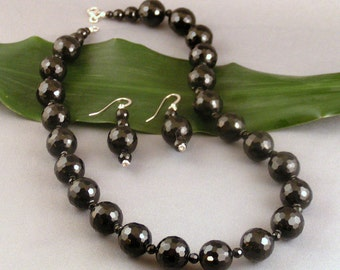 Faceted Black Onyx