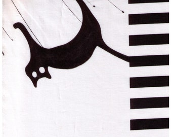 HALF YARD Yuwa - Halloween on White - Black Cat, Bat, Jack-o-lantern - Yoshiko Jinzenji - jz-812994-C Low Volume Print - Japanese Import