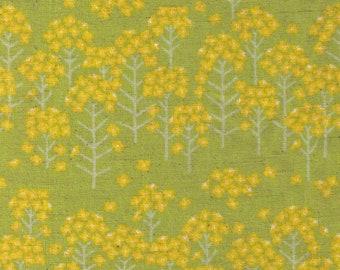 HALF YARD Yuwa - Mini Flowers on Green - Cotton Linen Sheeting 443010-1 - Charmant Line Drawing - Japanese