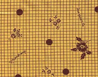 HALF YARD Yuwa - Daisies on Grid with Yellow Background - Suzuko Koseki SZ816747 - Japanese Import Fabric - Floral, Flower