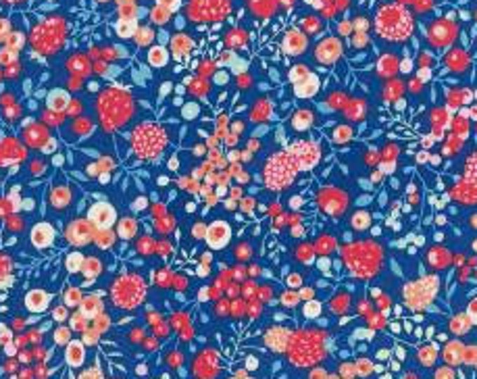 HALF YARD Lecien - Memoire a Paris 2018 -Berries on BLUE 40963-71 - Cotton Lawn - Flowers - Japanese Import