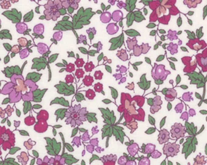 HALF YARD Lecien - Memoire a Paris 2017 - Purple Floral and Berries on WHITE 40739-20 - Cotton Lawn - Flowers - Japanese Import