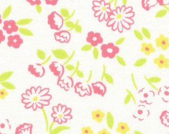 HALF YARD Lecien -Daisies and Tulip Flowers on White - 31523-10 Old New 30s Collection Spring 2017 - Atsuko Matsuyama - Japanese