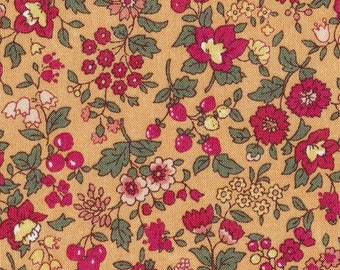 HALF YARD Lecien - Memoire a Paris Fall 2017 - Floral and Berries on GOLD 40739-41 - Cotton Lawn - Flowers - Japanese Import
