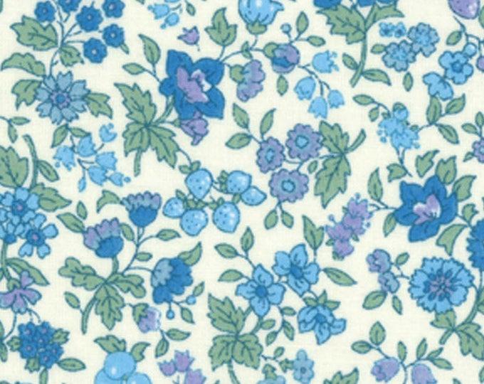 HALF YARD Lecien - Memoire a Paris 2017 - Blue Floral and Berries on WHITE 40739-70 - Cotton Lawn - Flowers - Japanese Import