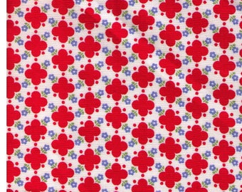HALF YARD Yuwa - RED Quatrefoil design with Mini Blue Flowers - 826275 D Atsuko Matsuyama 30s collection -  Japanese Import Fabric