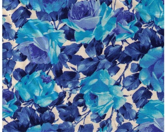 HALF YARD Yuwa - Photo Realistic Roses - Blue colorway - 824546-A - Cotton Quilting - Japan Import