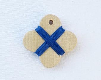 Cohana - Blue - Wooden Thread Winder - Japanese Import