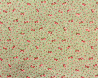 HALF YARD Yuwa - Mini Petite Red Strawberries on Light Aqua Green 446559-D  Atsuko Matsuyama 30s collection - Linen Cotton Canvas - Zakka