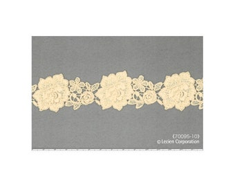HALF YARD Lecien - Cream Flower Lace - 70096-10  Rose Life Garden Lace by Kayo Enza - Floral, Flower, Bouquet -Japanese