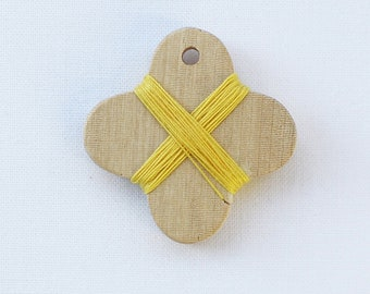 Cohana - Yellow - Wooden Thread Winder - Japanese Import