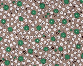 PRECUT - One Yard Cut -  Mini Flowers on Stone - Green and White Daisies - LAWN - Cosmo Textile Japanese Import Fabric