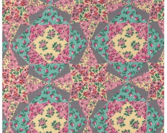 HALF YARD Yuwa - Petite Flowers on Quilt Cheater - Pink, Grey, Blue 822126-B - Yuwa Live Life Collection - Japanese Import
