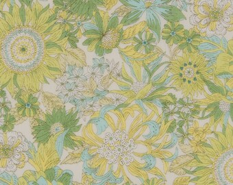 HALF Yard - Cosmo - Garden Delight II in Yellow - Lawn 92406-2C - Flower, Floral, Bouquet, Garden - Japanese Import