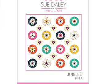 Sue Daley Designs - JUBILEE English Paper Pieced Quilt - Includes Pattern, Paper Pieces, Acrylic Templates - Patchwork With Busyfingers