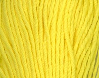Sashiko Thread #29 LEMON YELLOW - 100% cotton - 20 meter (22 yd) skein - Hand Quilting and Stitching- Japanese Imported