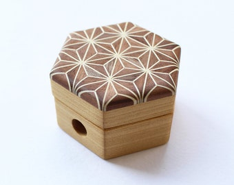 Cohana - BROWN - Parquet Pencil Sharpener - Mosaic Woodwork of Hemp leaf - Japanese Import