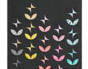 "Violet Craft - Orange Peels and Pinwheels Quilt - 75"" x 85"" Size - Quilt Pattern"