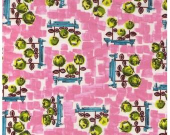 HALF YARD Yuwa - Pretty Floral on PINK - 060-C - Green Flowers in Garden - Quilting Cotton