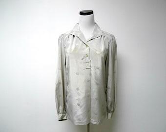 b1eb38ecc Oscar de la Renta Collectibles . 70s gray button down . long sleeves . poly  shirt . size 10