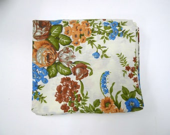 Praying Hands and Flowers Hand Embroidered 60s Dantrel by Dan River White Pillowcase Like New