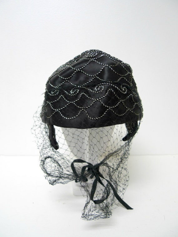 1940s black and silver cord embroidered hat with … - image 3