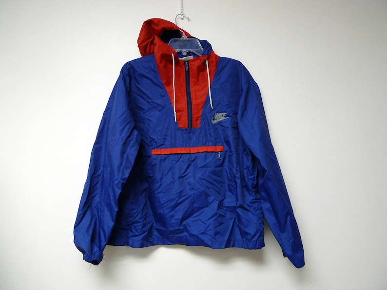 22ab7e2a4a1c NIKE . 70s 80s red and blue hooded pullover   windbreaker .