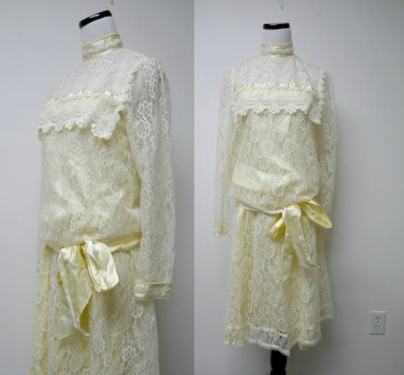 Gunne Sax by Jessica McClintock . 70s 3 piece lace