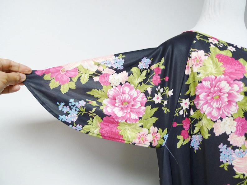 black floral print trapeze dress medium CW Classics