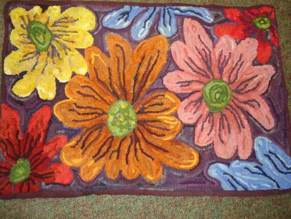 Flower Rug Hooking Pattern on Linen