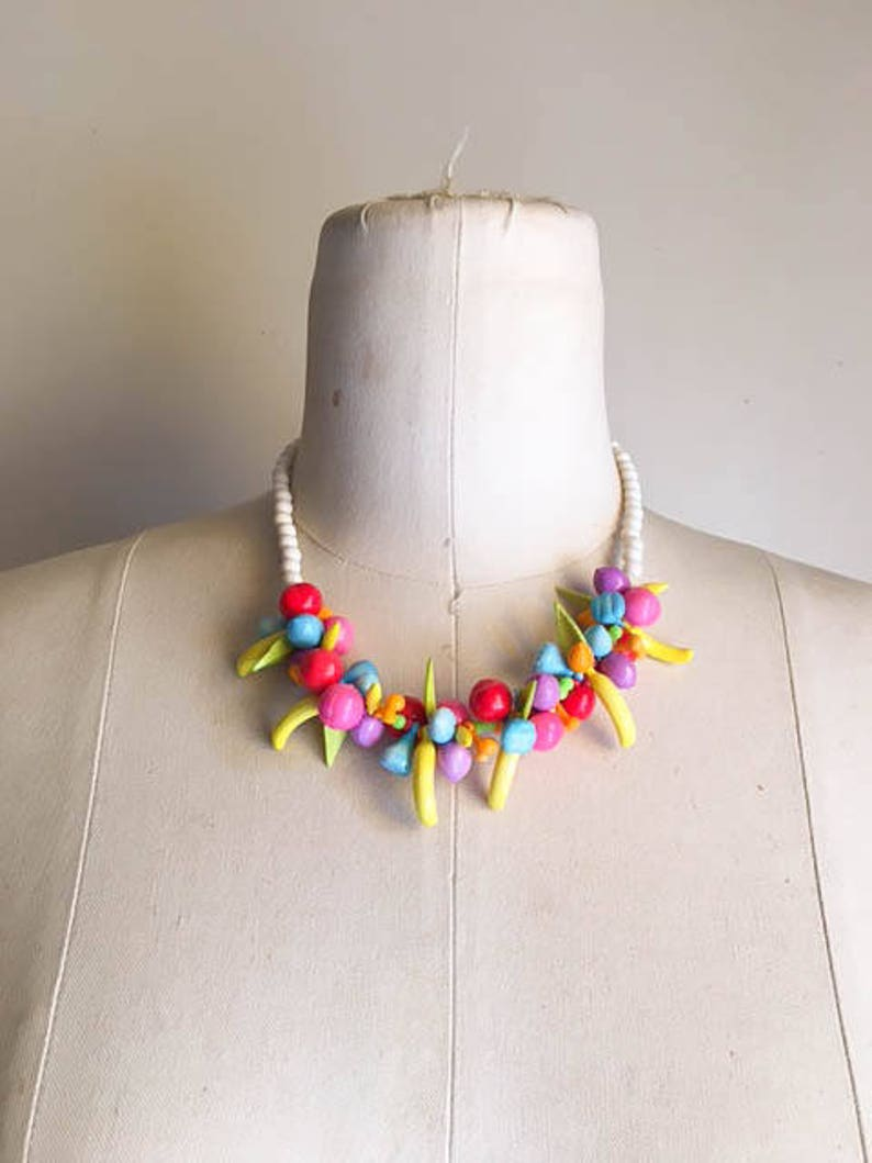Pretty Vintage 60s 70s Colorful Fruit Mix Choker Necklace