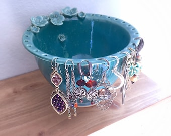 Birthday gift for her, Earring bowl, jewelry display, girlfriend, nature lover, sister, pottery, bestselling handmade, bridesmaid, woman