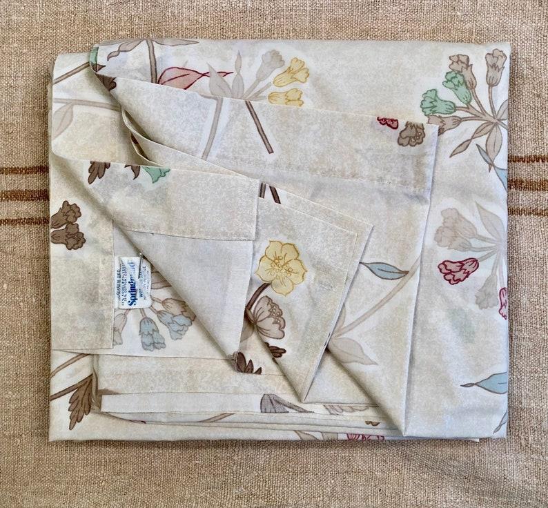 Vintage Bed Sheet  Queen Flat Sheet  Springmaid Wondercale image 0