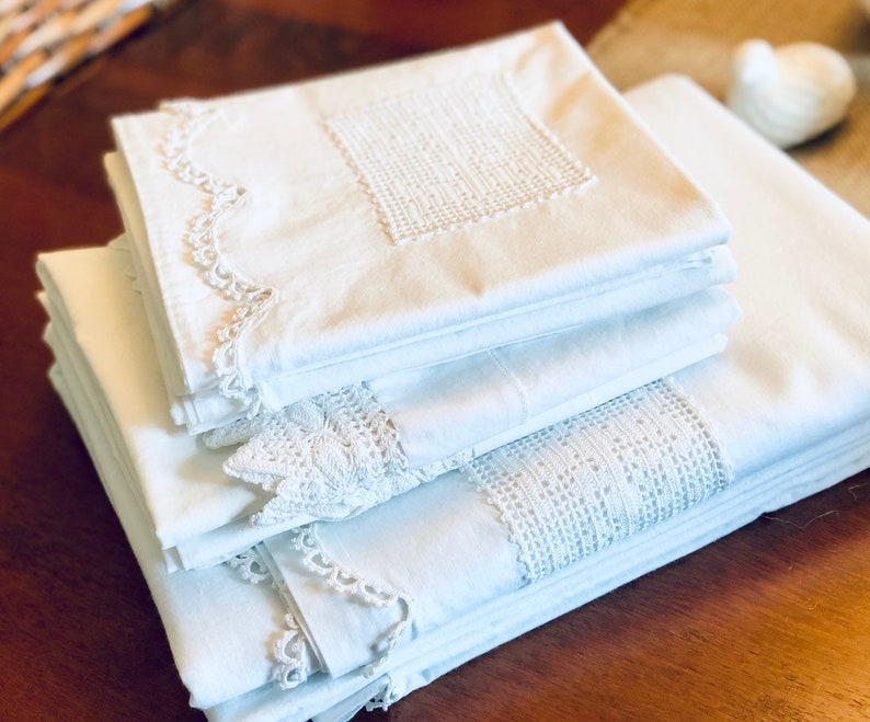 Vintage Bed Sheet  White Cotton Queen Flat Sheet  image 0